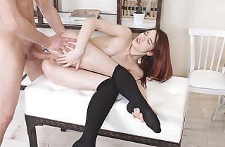 Popping her anal virgin